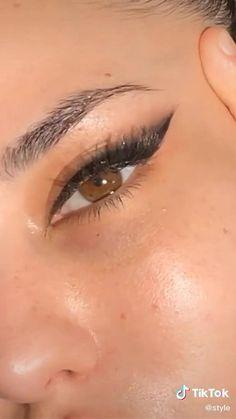 Makeup Eye Looks, Eye Makeup Steps, Creative Makeup Looks, Eye Makeup Art, Cute Makeup, Eyebrow Makeup, Pretty Makeup, Skin Makeup, Eyeshadow Makeup