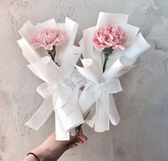 Single Flower Bouquet, Flower Bouquet Diy, Bouquet Wrap, Floral Bouquets, Gerbera Bouquet, Boquette Flowers, How To Wrap Flowers, Paper Flowers, Beautiful Flowers