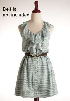 love this with the belt, super cute day dress