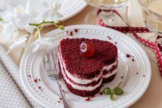 Red Velvet Cake Decoration, Cake Recept, Cake For Husband, Blackberry Cake, Sweet Bar, Czech Recipes, Valentines Food, How Sweet Eats, Sweet Desserts