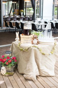 #welcomedrink #baptismdecor #forestfriends Welcome Drink, Forest Friends, All White, Table Decorations, Furniture, Home Decor, Decoration Home, Room Decor, Home Furnishings