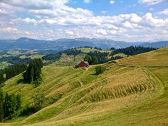 Die Napfwanderung - Durchs hügelige Emmental. Wanderlust, Do Love, Hiking, Rapunzel, Camping, Mountains, Country, Places, Nature