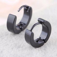 Brinco masculino de argola preto articulado 4mm o par completo R$10,00 para comprar acesse nosso site
