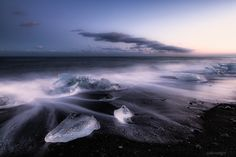 500px / Big Diamonds in Jokulsarlon VI by Darío Sastre