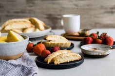 Light and crunchy, lemon-scented biscotti. Lemon Almond Biscotti Recipe, Biscotti Flavors, Pistachio Biscotti, Tea Cakes, Shortbread, Macarons, Baking Company, King Arthur Flour, Italian Cookies