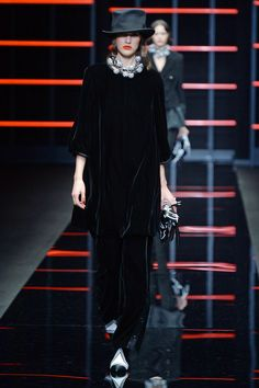 See all the looks from the show Show Reviews, Fall Trends, Emporio Armani, Fashion News, Photos, Style, Swag, Pictures, Outfits