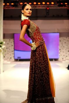 Bridal Dress by Pakistani designer HSY  #pakistaniwedding, #southasianwedding, #shaadibazaar
