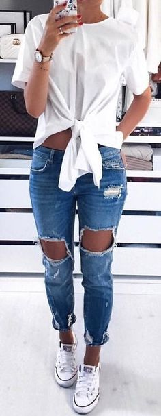 #summer #outfits ripped jeans + t shirt