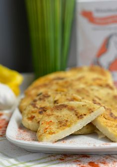Fladenbrot - Naan Brot Naan, Food And Drink, Pizza, Cheese, Flat Bread, Smooth, Food And Drinks, Food Food, Bakken