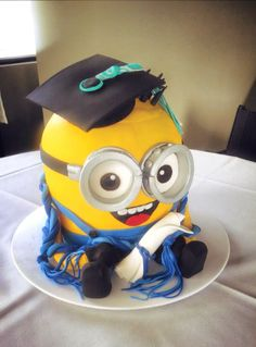 Minion Graduation Cake! #WeMakeCAKES #Reedvillecatering #cakes #cakedesign