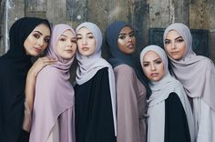 "#INAYAHGIRLS On role models | NASRA - ""There are some many people out there challenging the narrative of Muslim women, may Allah reward them for their work. One is Yasmin Mogahed, who is an Islamic lecturer and motivational speaker. I think she does a wonderful job of showing that Muslim women are not oppressed through her writing and lectures."" @beauty.by.aisha @mouminastyle @sha_sky_ @nasraam @sauf.etc @dua.am"