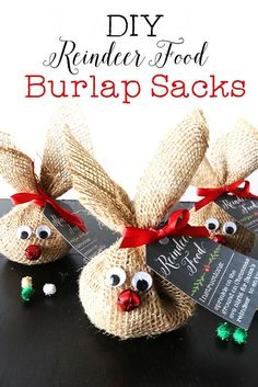 These reindeer food burlap sacks with free printables are the perfect holiday craft for kids. Sprinkle the food out & wait for Santa & his reindeer to come!