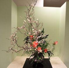 Creative Flower Arrangements, Ikebana Flower Arrangement, Floral Arrangements, Japan Flower, Japanese Flowers, Arte Floral, Dream Decor, Fresh Flowers, Artificial Flowers