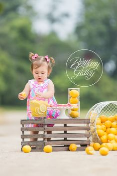 Lemonade Stand | Lilly Pulitzer | Lemonade Dream Session| Photo Shoot | Photography Inspiration | Dream Sessions | Cleveland Ohio | Brittany Gidley Photography LLC