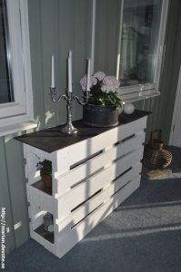 Kreative Möbel Ideen mit Holzpaletten Creative furniture ideas with wooden pallets Related Post Wow, beautiful bathroom in Shabby Chic Look Wood Pallet Recycling, Wooden Pallet Projects, Wooden Pallet Furniture, Recycled Pallets, Wooden Pallets, Pallet Ideas, Diy Furniture, Diy Projects, Pallet Wood