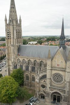 A weekend in Ypres is the perfect location base to seek out the historic and memorable locations of World War One. Ypres Belgium, Ww1 History, World War One, Travel Guides, Barcelona Cathedral, Rio, Scenery, Around The Worlds, Europe