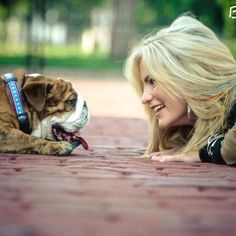 #bulldog #family pictures @Jordan Nine you need this picture
