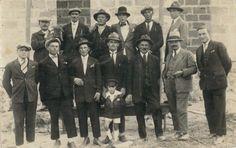 Mio nonno co mio zio e altri parenti.
