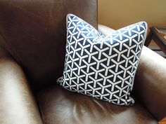 How to Make a Pillow with Welting and a zipper, easy instructions with pictures, DIY