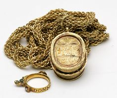 17      ca. 1715 Spanish ShipWreck gold pendant.........Goldberg Coins and Collectibles
