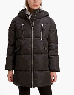 At Stradivarius you'll find 1 Anorak with false wraparound collar and hood for just 49.99 Greek . Visit now to discover this and more Coats.