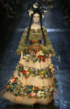 Jean Paul Gaultier. Not sure if this ensemble is beaded or embroidered but it is amazing whatever techniques were used! Curleytop1.