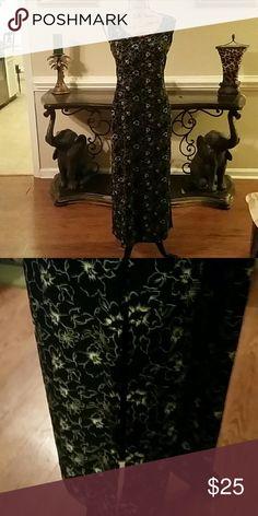Easy fitting floral print dress Black dress with white floral print, easy fit, side slit , jewel neckline. Norton McNaughton Dresses Maxi