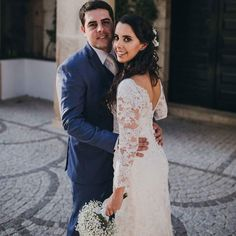 New on the blog  http://ift.tt/1OIZFsD  The beautiful #wedding of Carolina & Égler at @quinta_da_pacheca   Thank you so much @hugocoelhofotografia for the wonderful photos  Make-up & Hairstylist: @maquilharte - Leonor Silva assisted by the muas @dianaribeiro.makeup @makeuup.byritasilva @batobatom Wedding Photographer: @hugocoelhofotografia Wedding Video: @souzafilmes Floral Accessories (hair): @isabelcastrofreitas At: @quinta_da_pacheca  #destinationwedding #makeup #mua #makeupartist…