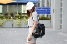 #itslilylocket #fblogger #streetstyle #nike #stansmith #minimalism #baseballcap #lucymason Stan Smith, Just Do It, Baseball Cap, Fashion Backpack, Minimalism, Personal Style, Lily, Street Style, Fitness