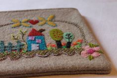 Felt applique - facile cecile