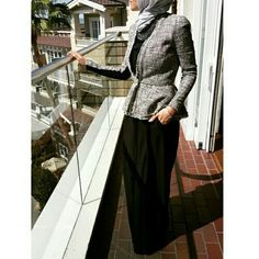 A formal attire for Muslim women out there who want to rock at being modest while still looking professional
