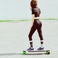 #skateboard #skate#skating #skateboardingislife #skateboarding#skategirl #lifestyle #life #style #flowers #spring #sk8#sk8ing #skate4life #sk8girl #goodvides #lifeisbeautiful #blitzart#loveit #brand #branding #photography #photooftheday #photoshoot