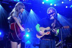 Taylor with Ed Sheeran <3