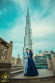 It feels like I am in heaven, when she is around me! A gorgeous shoot that we loved clicking in Dubai 😍 Rashi & Veenit 💕 PC: Rajesh_Digital Pre Wedding Poses, Pre Wedding Photoshoot, Wedding Shoot, Couple Posing, Couple Shoot, Couple Photography Poses, Wedding Photography, Dubai Wedding, Dubai Trip