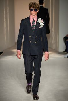 Dunhill's collection is like sneaking a glimpse of the glamorous lifestyles of British royalty. #LondonFashionWeek #LMC