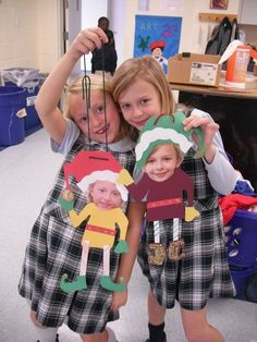 Christmas Party Ideas: Photo elves....these would be SO CUTE!