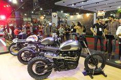 A Triumph promoveu uma competição entre as oficinas especializadas em customização de motocicletas da capital paulista: Johnnie Wash, Recar Motos e Shibuya Garage. A marca inglesa sorteou três tema...