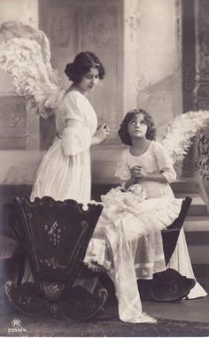 early 1900s..Beautiful Edwardian Angels...original vintage postcard..paper ephemera