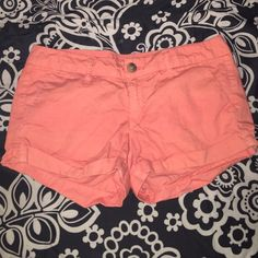American Eagle Outfitters Shorts Pink, gently used. Lightweight. Size 2. Feel free to make an offer! American Eagle Outfitters Shorts