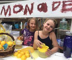 Promote Your Local Lemonade Stand with Macaroni Kid | Macaroni Kid #mackid