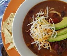 Instant Pot Vegetarian Weight Watchers Chili is a great meal ideal that everyone will enjoy! A perfect Meatless Monday dish ready in just minutes!