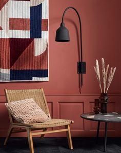 Køb Nordal CLUB loungestol i teaktræ med flet - natur her. Home Living Room, Living Spaces, Earth Tone Bedroom, Interior Architecture, Interior Design, Style Deco, Deco Design, Terrazzo, Floor Chair