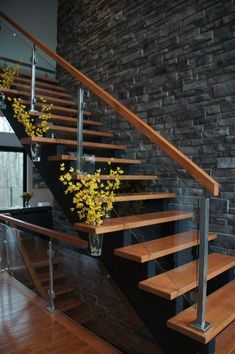 Modern Stair Railing Designs That Are Perfect! Looking for Staircase Design Inspiration? Check out our photo gallery of Modern Stair Railing Ideas.Looking for Staircase Design Inspiration? Check out our photo gallery of Modern Stair Railing Ideas. Modern Stair Railing, Stair Railing Design, Staircase Railings, Stairways, Railing Ideas, Wood Stairs, Staircase Remodel, Staircase Ideas, Steel Stairs