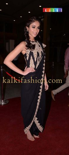 http://www.kalkifashion.com/     Ileana Dsouza in Anamika Khanna black outfit at SIIMA at red carpet day 2.