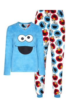 It's Sesame Street Cute Pajama Sets, Cute Pjs, Cute Pajamas, Lazy Day Outfits, Outfits For Teens, Cute Outfits, Pijamas Women, Girls Pjs, Cute Sleepwear