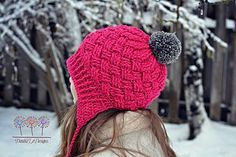 Sun Valley hat - make the trim around the face the same colour as the pompom.