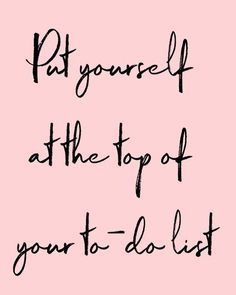 Take care of yourself! A facial massage provides total relaxation and therefore k - put yourself on the top of your to-do list - Positive Quotes, Motivational Quotes, Inspirational Quotes, Positive Attitude, Wellness Massage, Mantra, Salon Quotes, Body Shop At Home, Its Friday Quotes