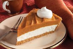 Pumpkin Cheesecake Pie: I give this pie a solid MEH. I prefer the texture of a baked pumpkin pie or legit pumpkin cheesecake. Brownie Desserts, Oreo Dessert, Mini Desserts, Coconut Dessert, Pumpkin Dessert, Just Desserts, Delicious Desserts, Dessert Recipes, Yummy Food
