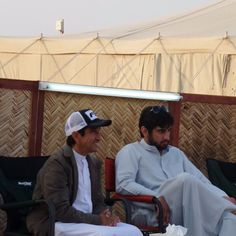 Saeed bin Maktoum bin Juma Al Maktoum con su sobrino, Ahmed bin Mohammed bin Rashid Al Maktoum, 22/06/2015. Vía: ahmed_mrm