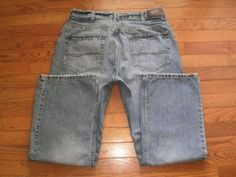 MENS 34x30 LEE relaxed BOOT CUT blue DENIM JEANS pants DUNGAREES distressed EUC!